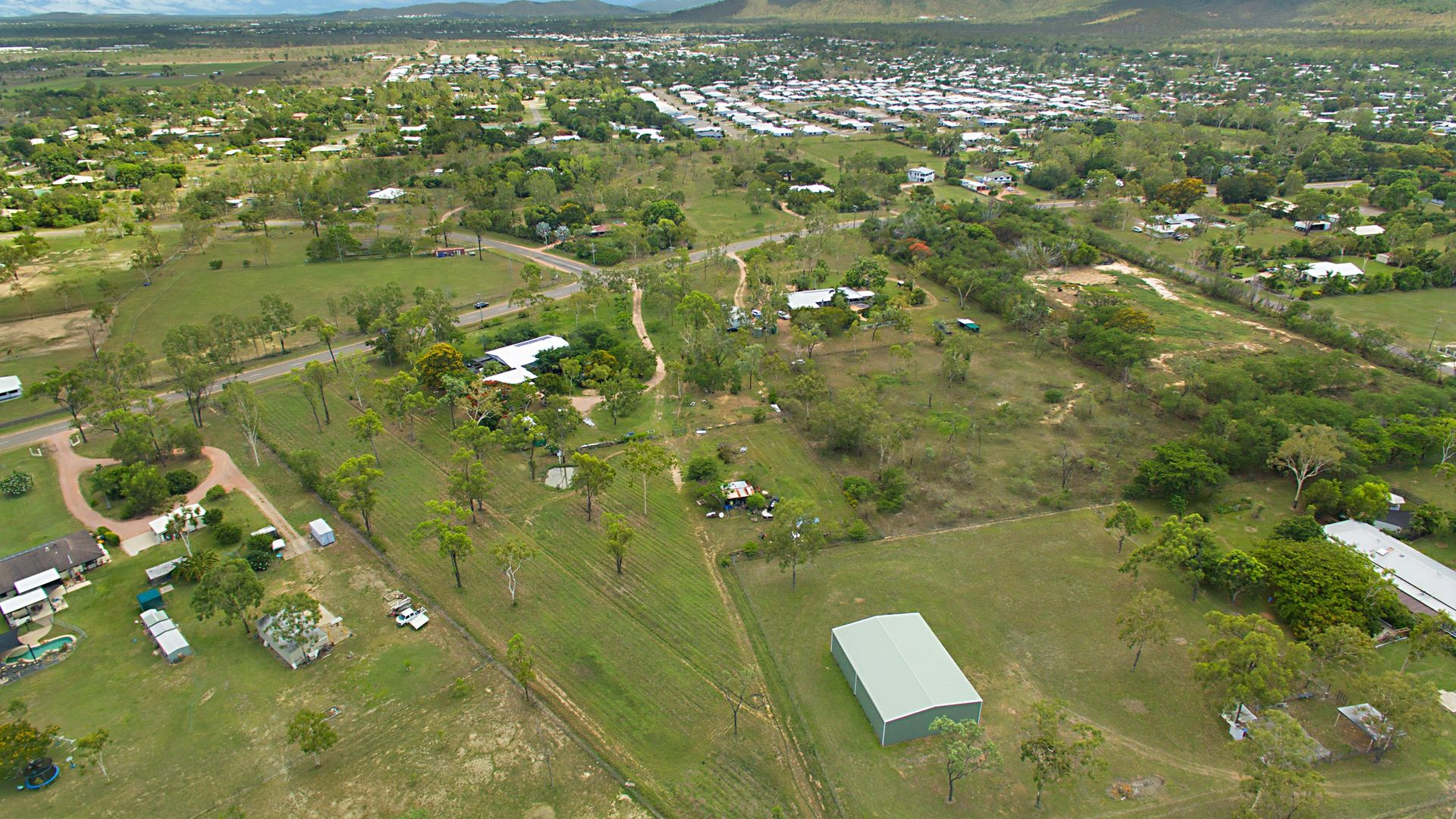 40a and 40b Hammond Way, Kelso QLD 4815, Image 2