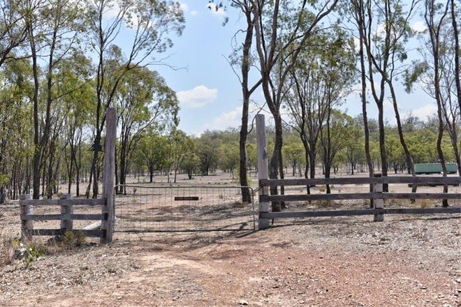 Picture of 2352 Leyburn Cunningham Road, PRATTEN QLD 4370