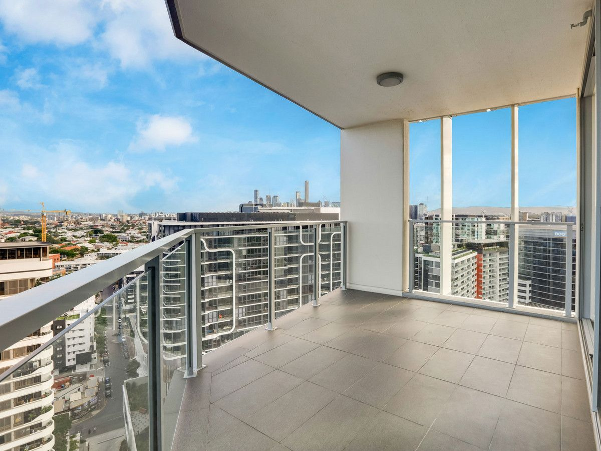 2111/30 Festival Place, Newstead QLD 4006, Image 1
