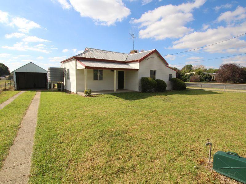35 Brial Street, Boorowa NSW 2586, Image 1