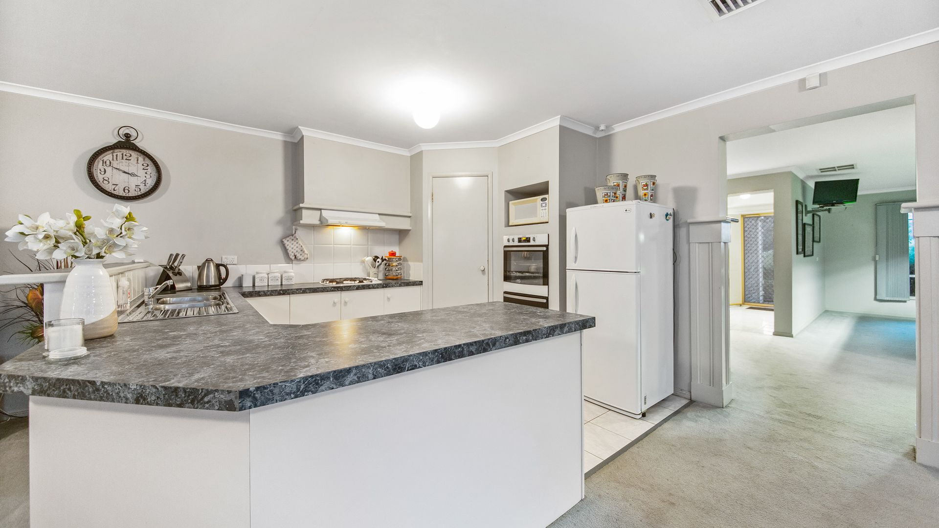 12 Park Place, Hoppers Crossing VIC 3029, Image 1