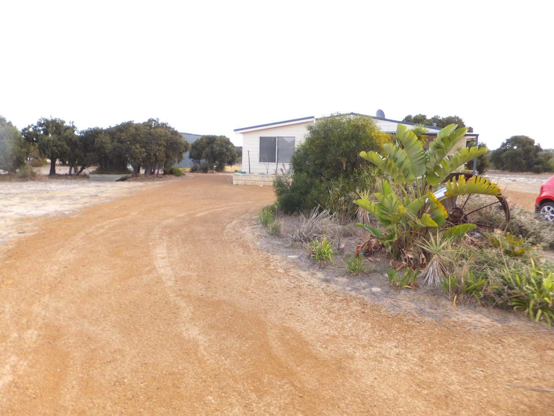 214 Banksia Rd, Hopetoun WA 6348, Image 0