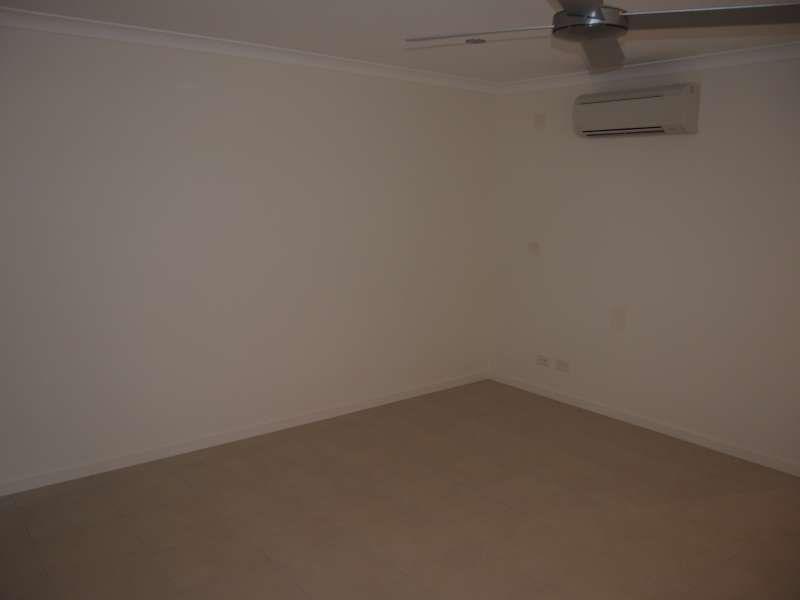 1/50 Birchgrove Crescent, Kallangur QLD 4503, Image 2