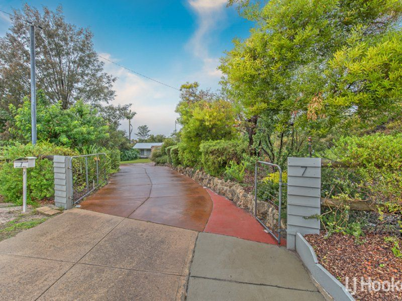 7 Brush Court, Canning Vale WA 6155, Image 0