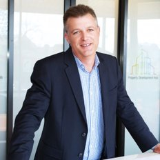 Darren Latty, Sales representative
