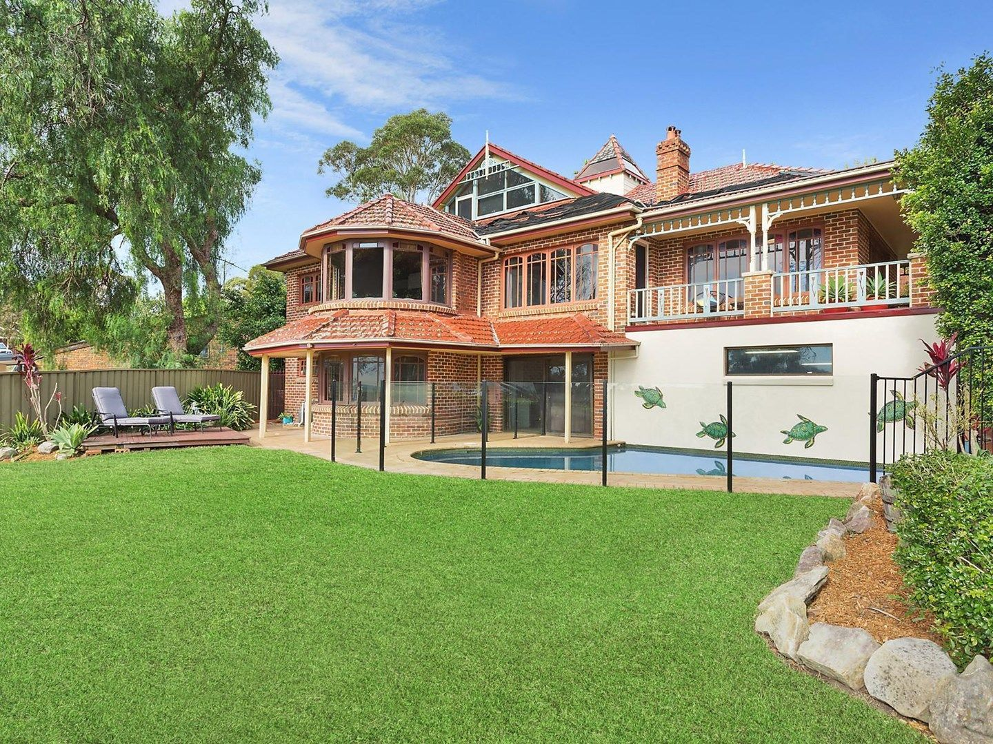 13 Mary Gilmore Place, Heathcote NSW 2233, Image 0