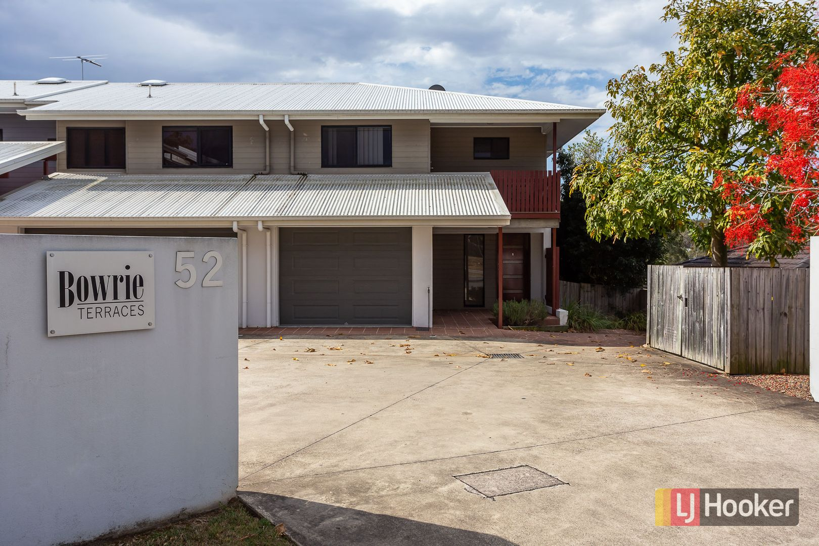 1/52 Golden Crest Place, Bellbowrie QLD 4070, Image 0