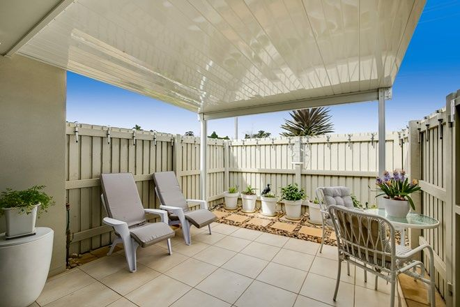 Picture of Unit 2/77 Platz Street, DARLING HEIGHTS QLD 4350