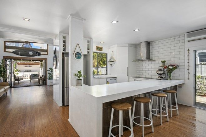 Picture of 22 Acanthus Avenue, BURLEIGH HEADS QLD 4220