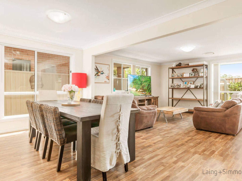 18 Byrock Place, Hinchinbrook NSW 2168, Image 2