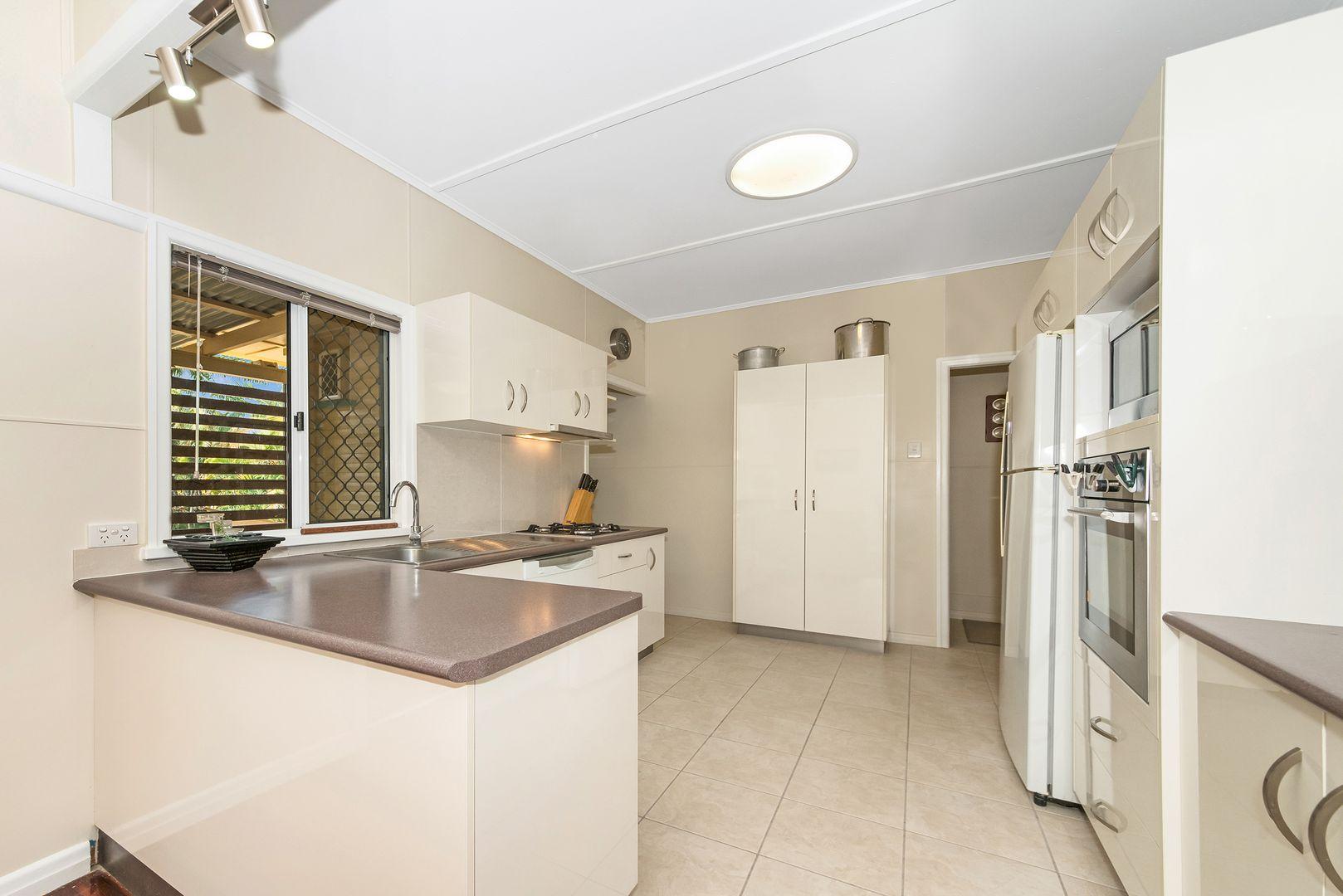 111 Ross River Road, Mundingburra QLD 4812, Image 1