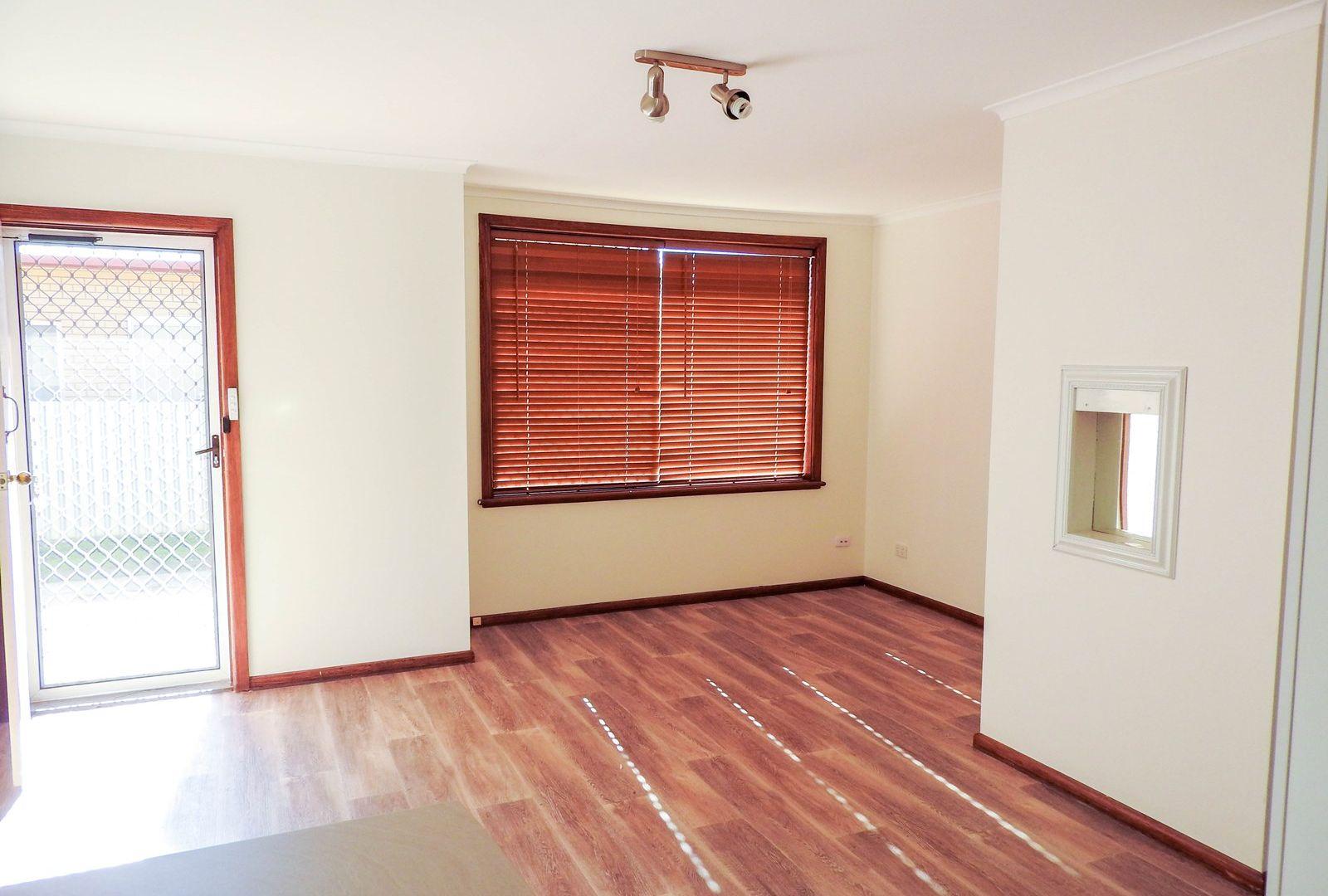 1/199 Plummer Street, South Albury NSW 2640, Image 2