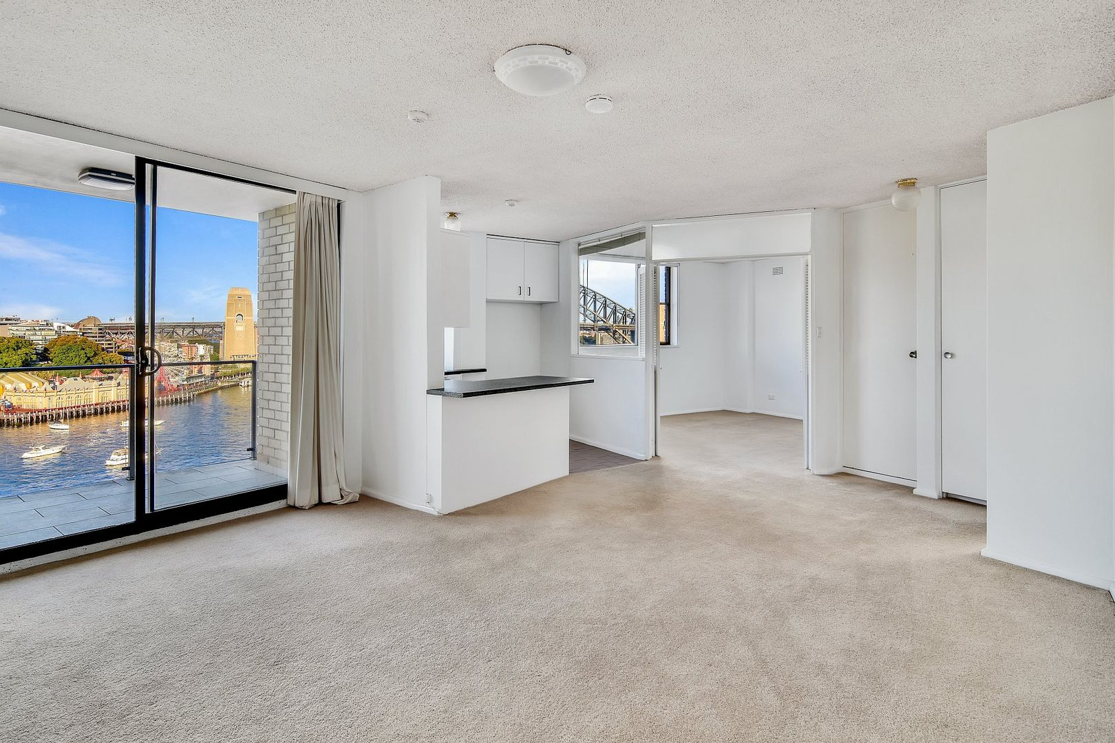51/21 East Crescent Street, Mcmahons Point NSW 2060, Image 2