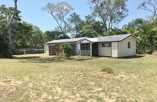 Picture of 19 KINGFISHER CREST, Moore Park Beach QLD 4670