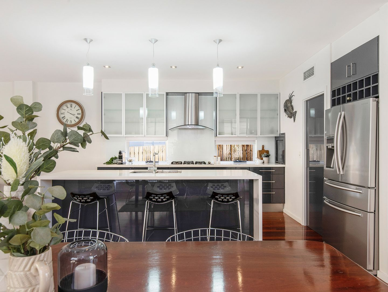 55 Riverton Street, Clayfield QLD 4011, Image 2
