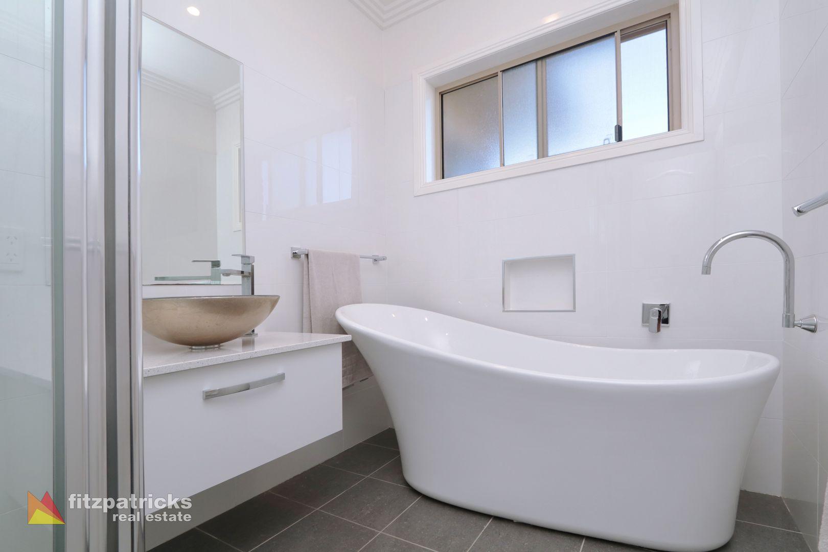 17 Brindabella Drive, Tatton NSW 2650, Image 2