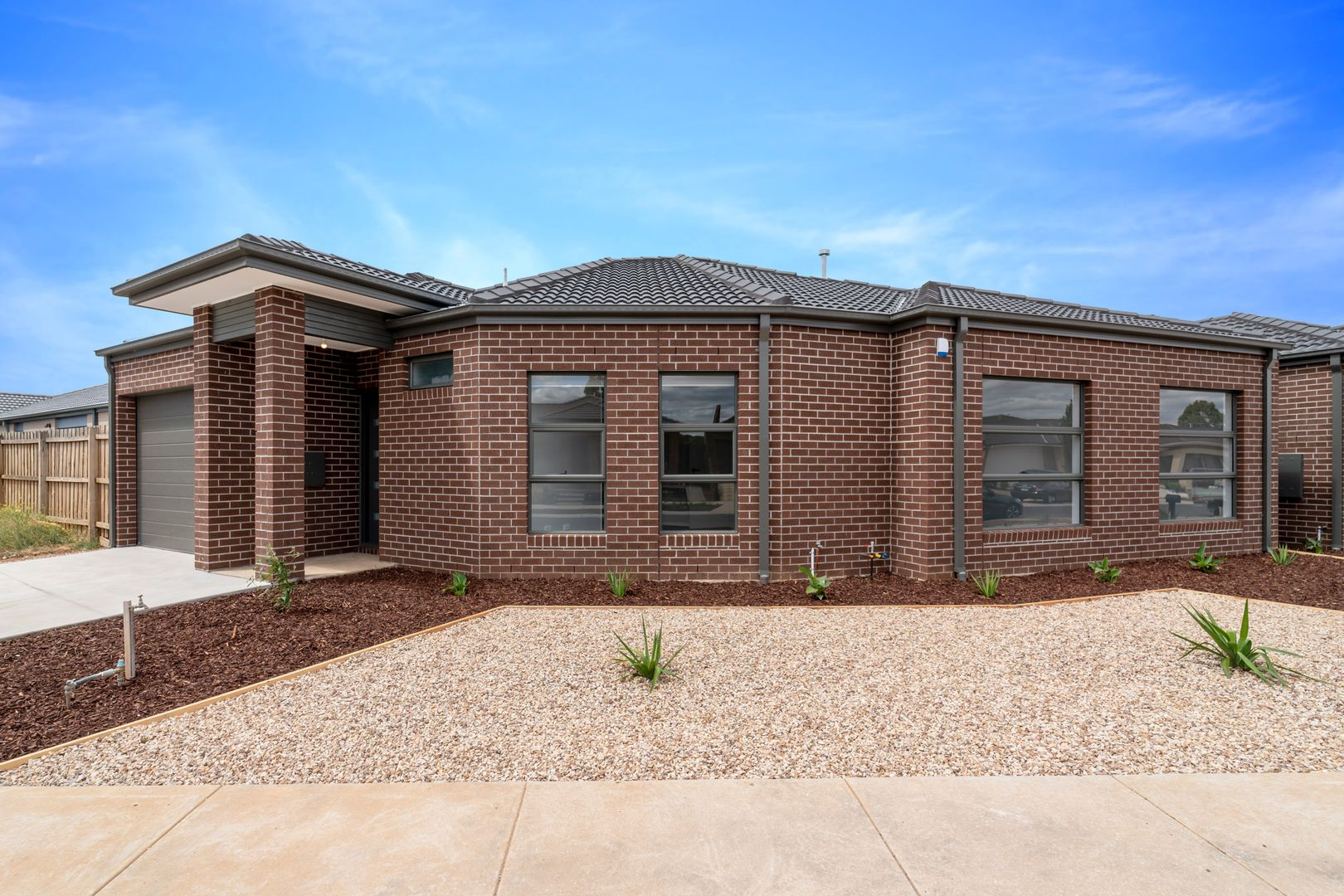 1/25 Cotton Field Way, Brookfield VIC 3338, Image 1