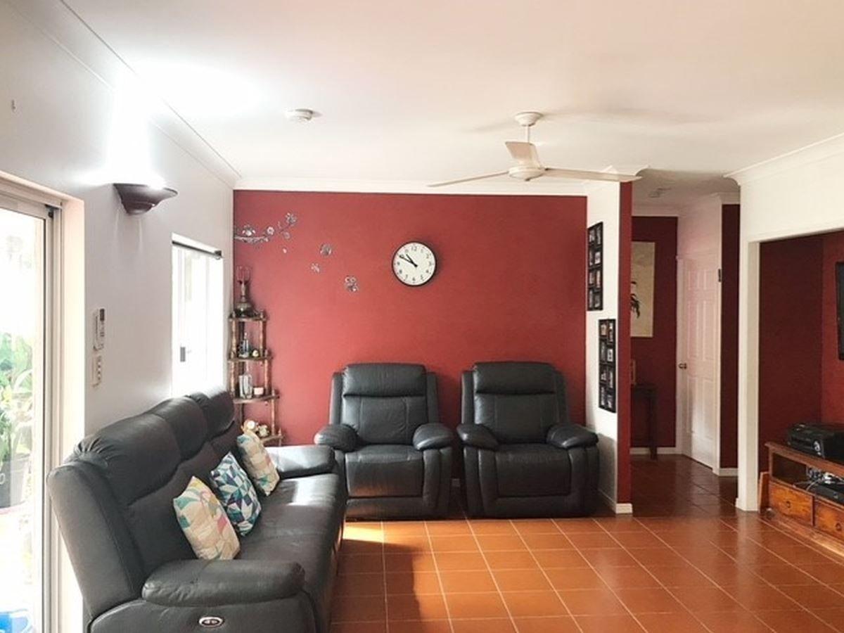 7 Macalister Place, Smithfield QLD 4878, Image 2