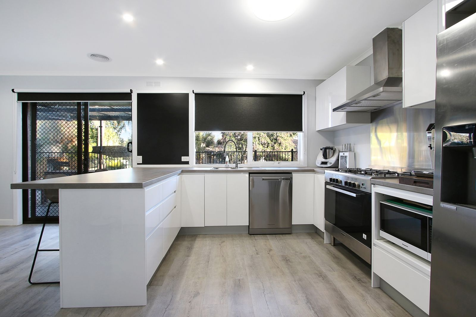 4 Buronga Drive, Springdale Heights NSW 2641, Image 0