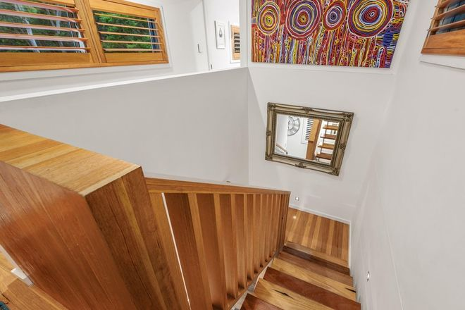 Picture of 52 Derby Street, HIGHGATE HILL QLD 4101