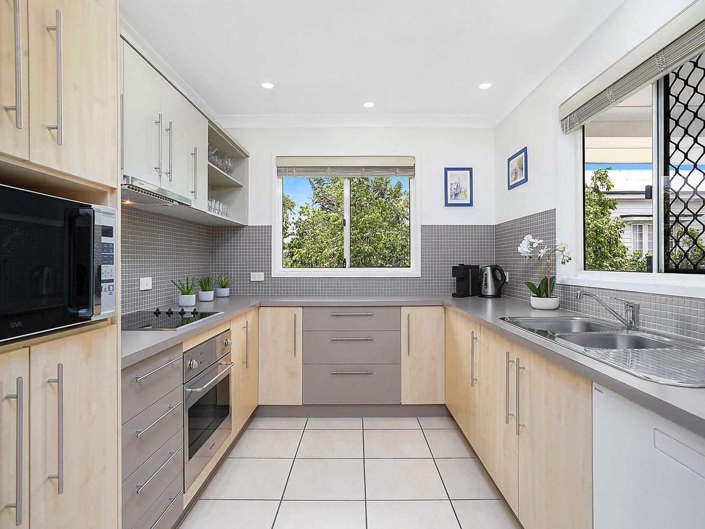 8/27 Paragon  Street, Yeronga QLD 4104, Image 2