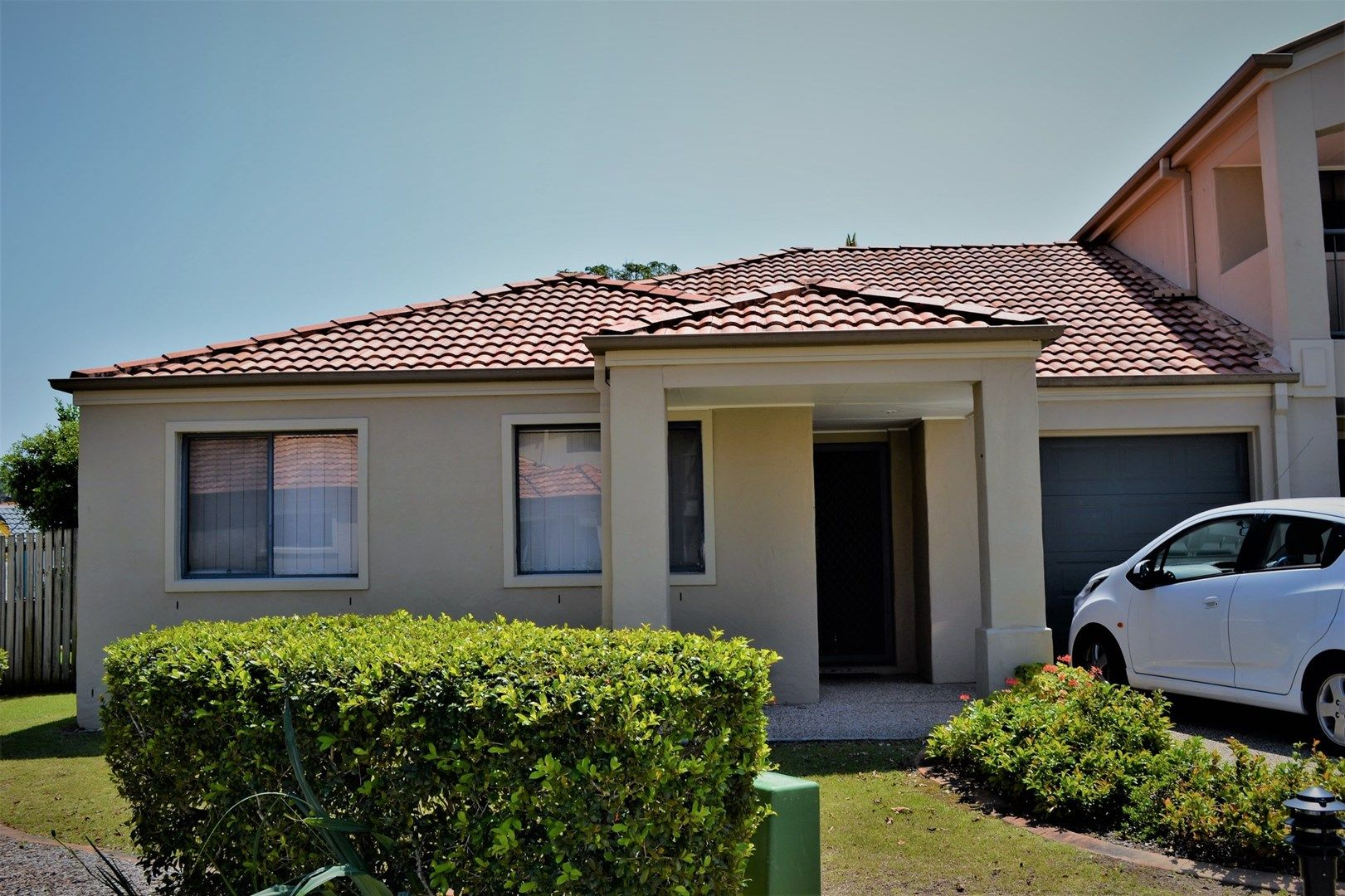 1-15 Santa Isobel Blvd, Pacific Pines QLD 4211, Image 0