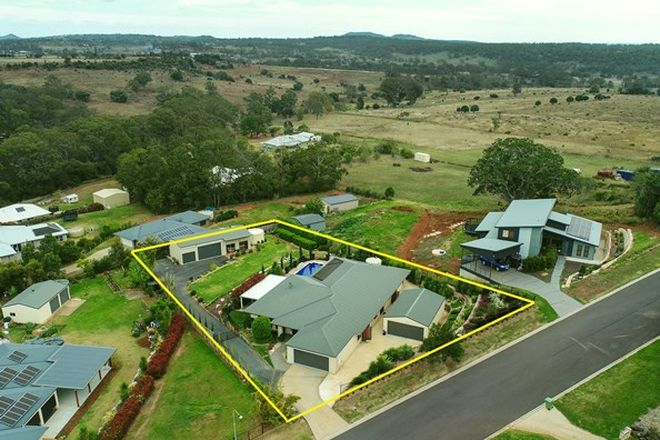 Picture of 22 Parkway Drive, HIGHFIELDS QLD 4352