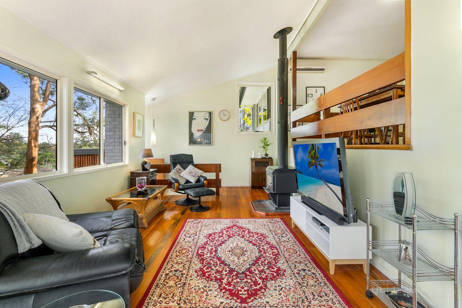 8 Ranger Street, Kenmore QLD 4069, Image 2