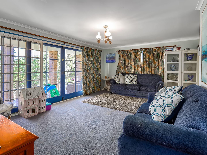 35 Thornburgh Street, Oxley QLD 4075, Image 1