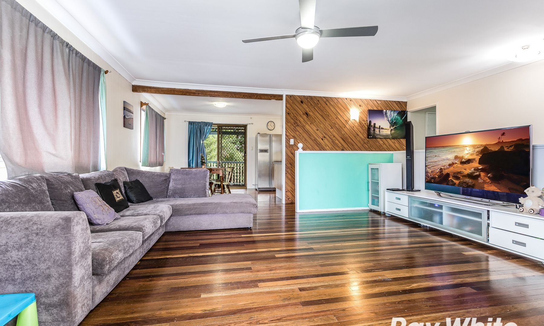 60 Diamond Avenue, Kallangur QLD 4503, Image 2