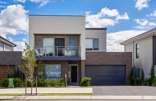 21 Greenview  Drive, Moorebank NSW 2170
