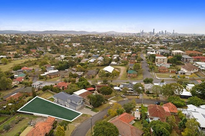 Picture of 25 Albert Street, HOLLAND PARK WEST QLD 4121
