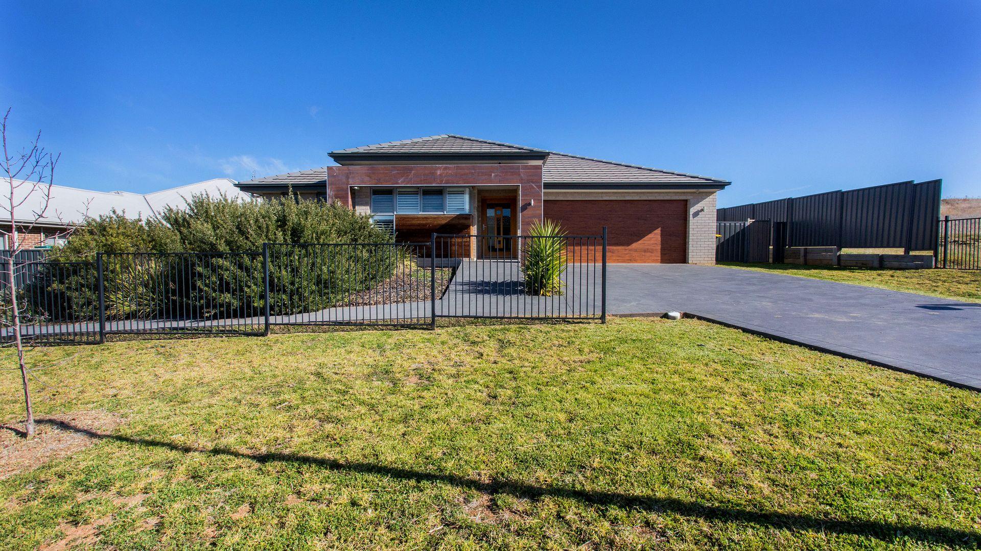 4 Vineyard Drive, Cowra NSW 2794, Image 1