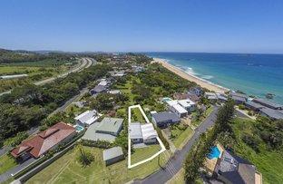 Picture of 31 Sapphire Crescent, Sapphire Beach NSW 2450