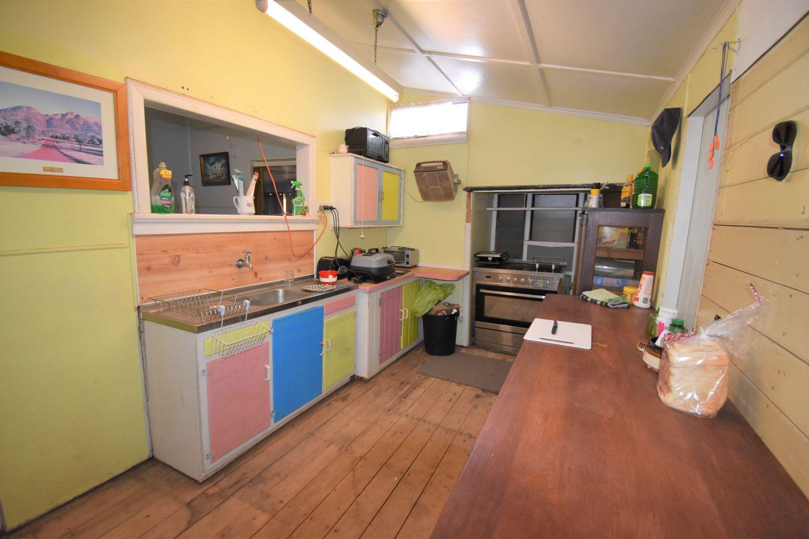 84 Cassowary Street, Longreach QLD 4730, Image 1