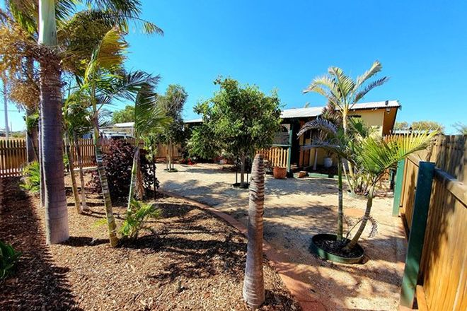 Picture of 11 McLeod Street, SOUTH CARNARVON WA 6701