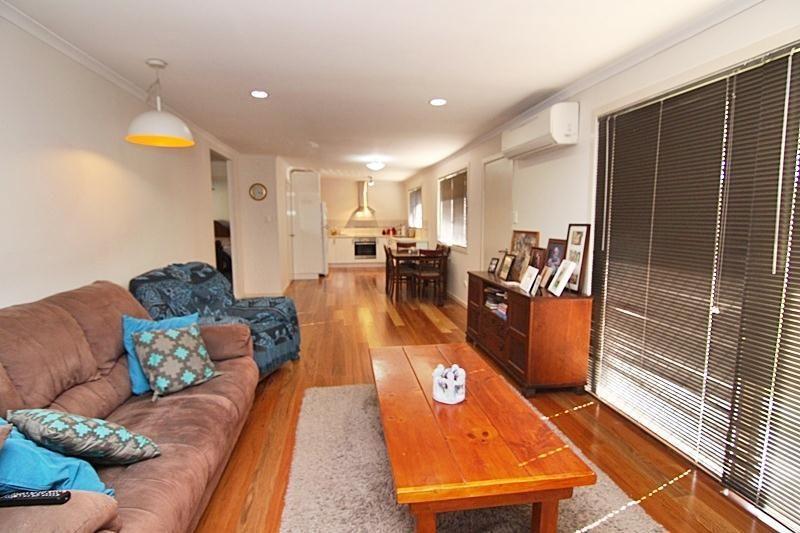 114 Dugandan Street, Nerang QLD 4211, Image 2