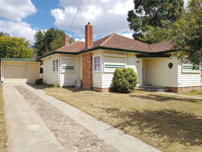 30 Carrington Avenue, Oberon NSW 2787, Image 0