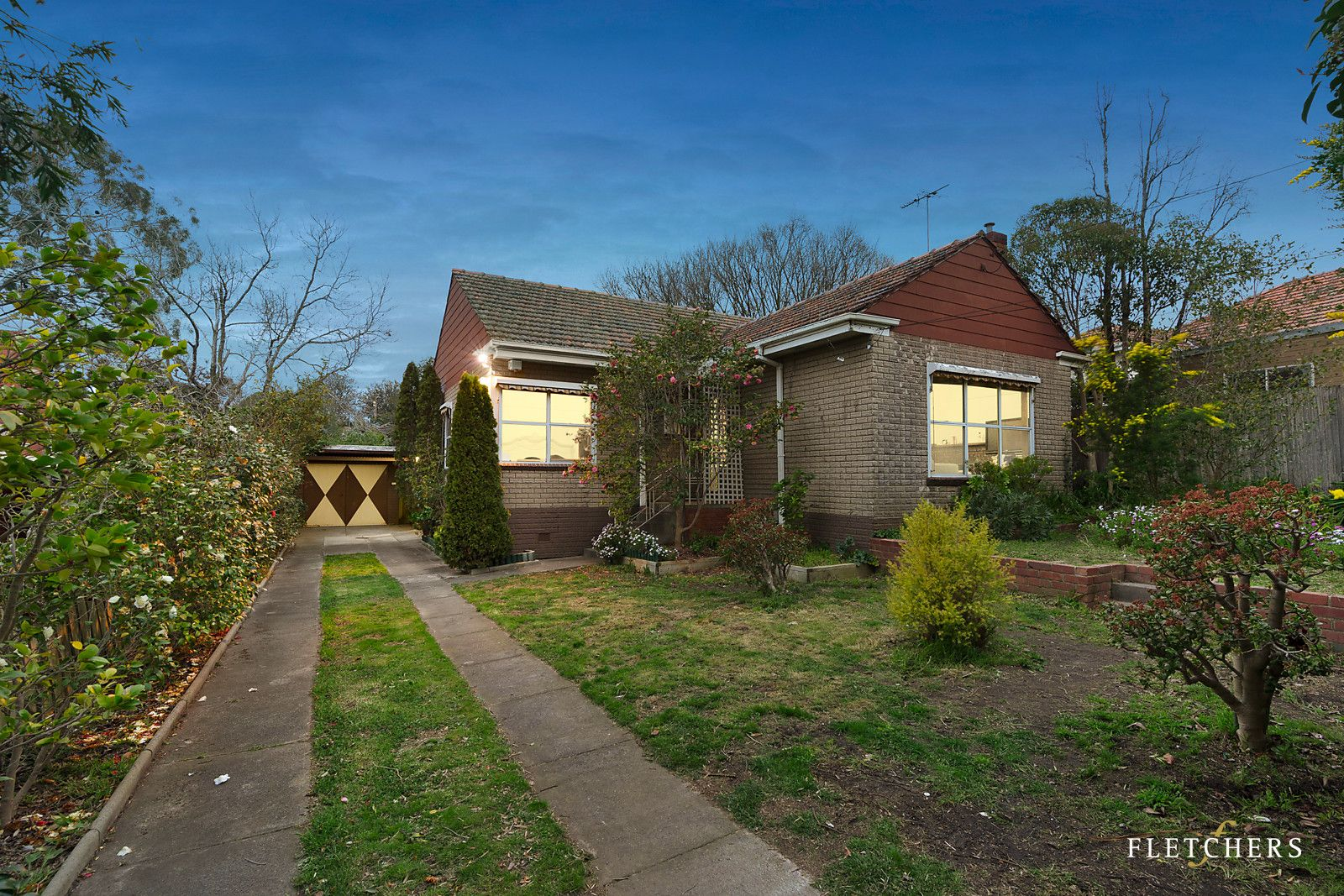 18 Cornfield Grove, Box Hill South VIC 3128, Image 0