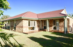 Picture of 33 Anchorage Way, Biggera Waters QLD 4216