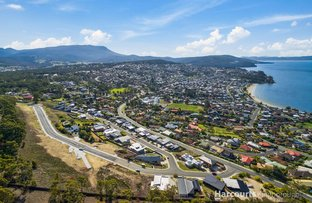 Picture of Bluebush Crescent, Blackmans Bay TAS 7052