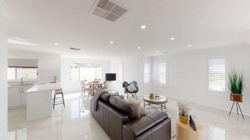 TOWNHOUSE 6 Waratah Drive, Junee NSW 2663, Image 2