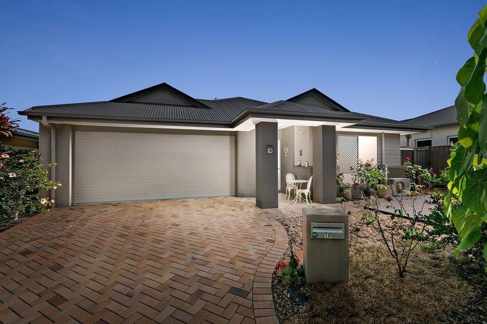 10 Crater Street, Caloundra West QLD 4551, Image 0