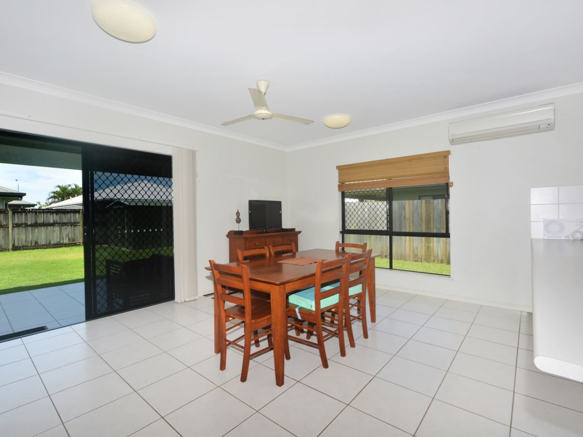 10 Imooya Place, Trinity Park QLD 4879, Image 2