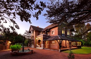 Picture of 8 Redleaf Avenue, Wahroonga NSW 2076
