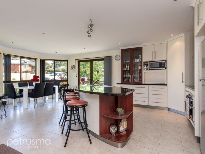 106 Derwent Terrace, New Norfolk TAS 7140, Image 1