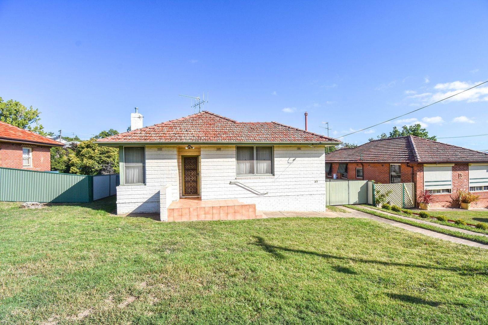 37 Commonwealth Street, West Bathurst NSW 2795, Image 0
