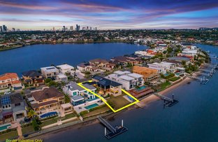 Picture of 89 Sir Bruce Small Boulevard, Benowa Waters QLD 4217