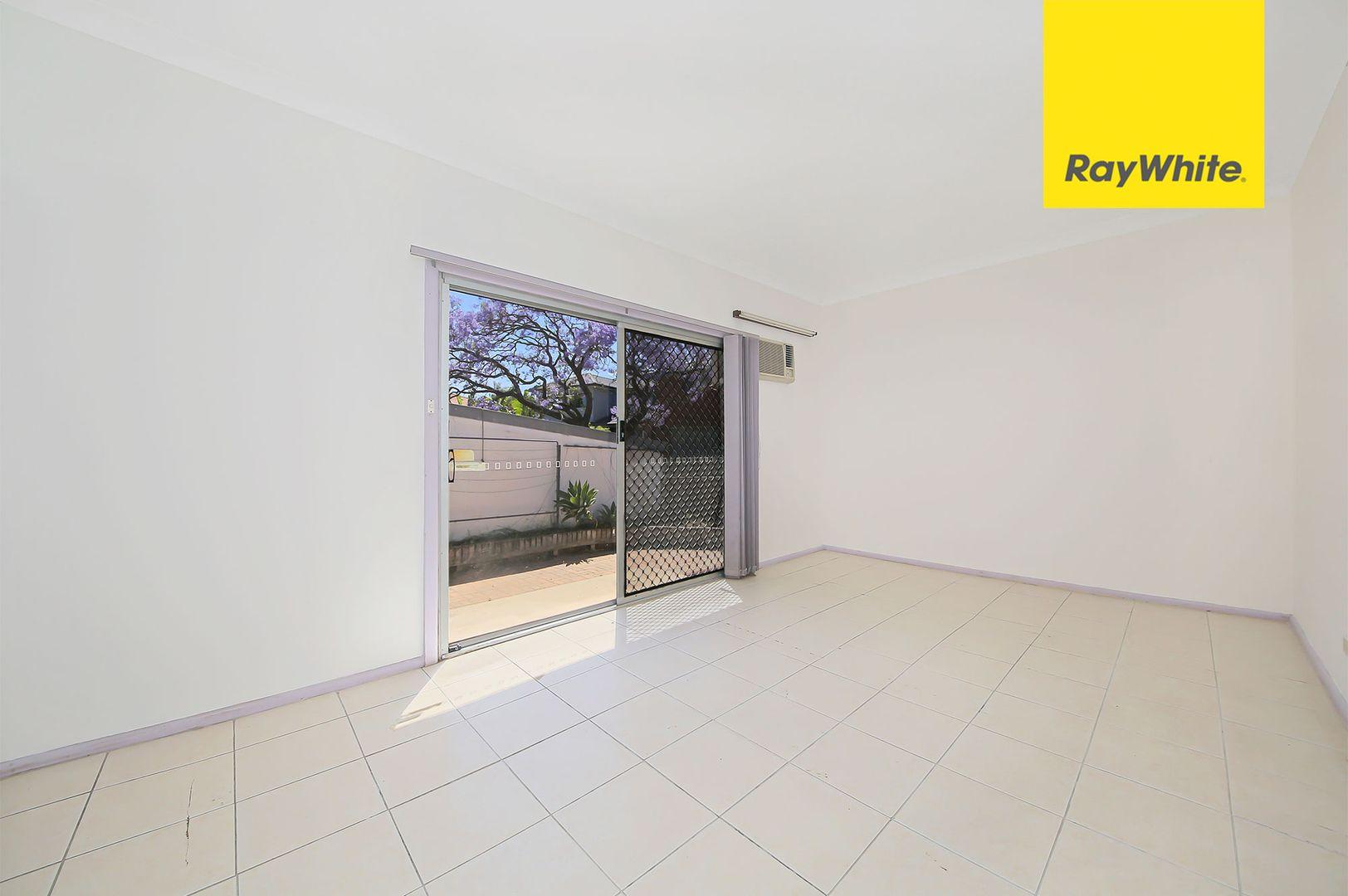 9 Vivian Crescent, Berala NSW 2141, Image 2