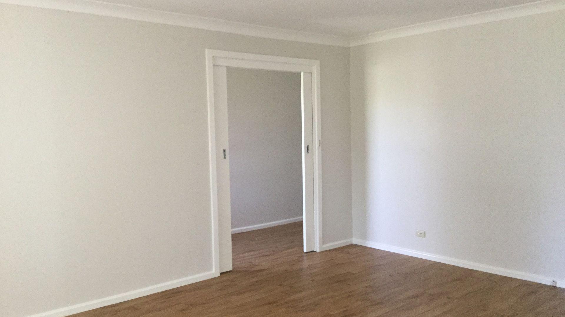 8 Eloc Place, Orange NSW 2800, Image 2